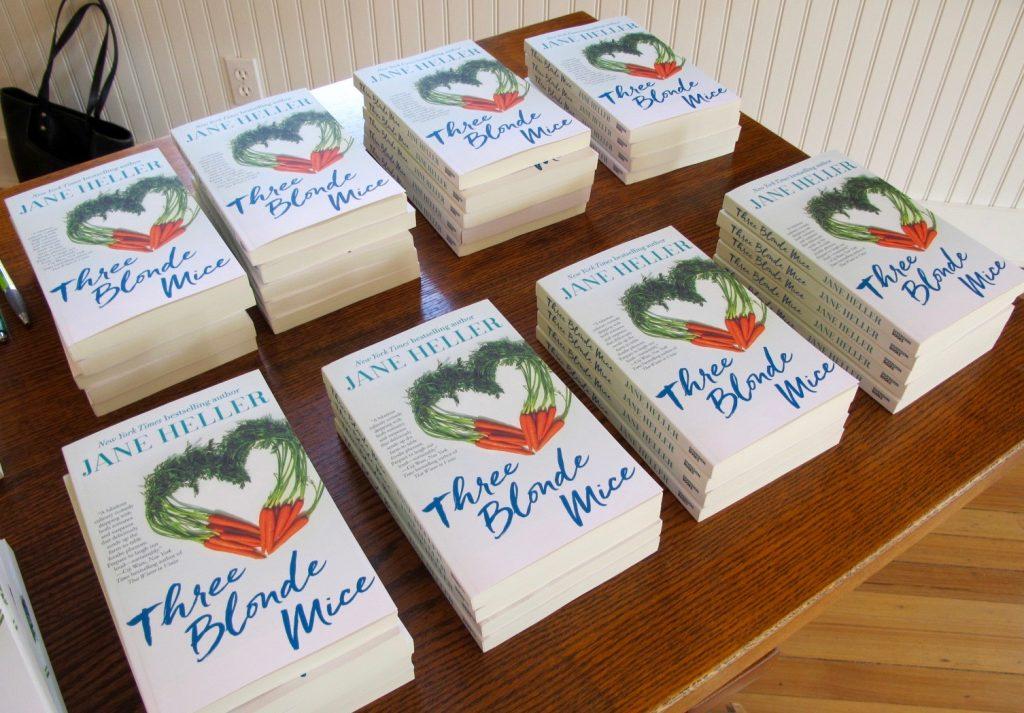 Books signing flat
